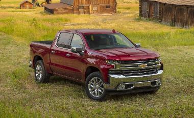 2020-Chevrolet-Silverado-LTZ-front_right